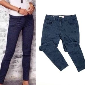 Cabi Floral Lace Blue Skinny Jeans SZ 6 Pants